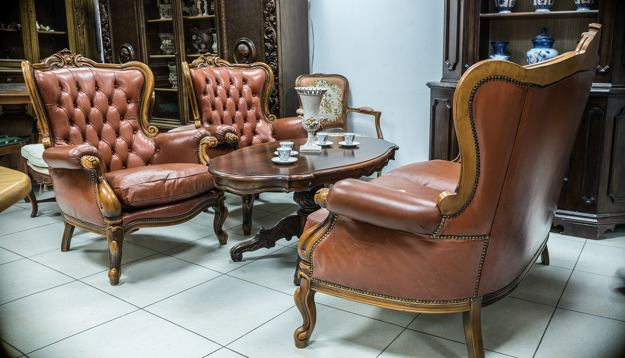 фотография на луксозни мебели